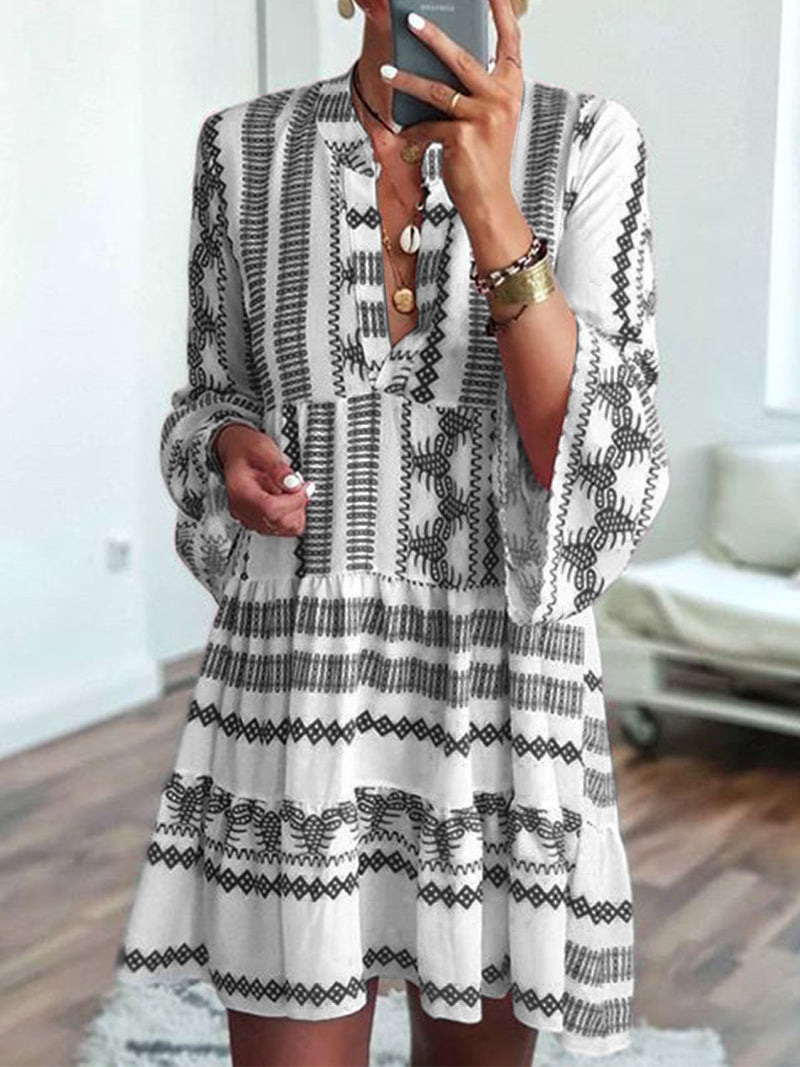 Summer Fashion Woman Bell Sleeves Printed Holiday Dress