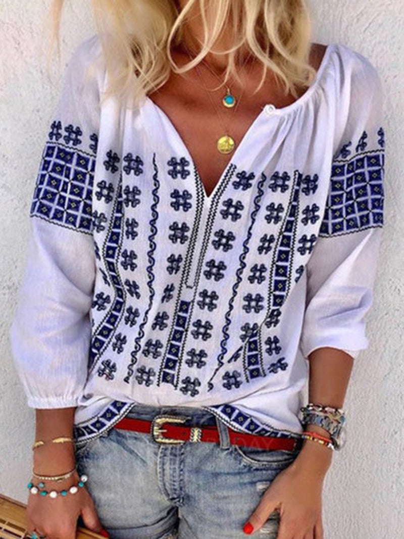 White Casual Floral Printed 3/4 Sleeve Plus Size Blouse