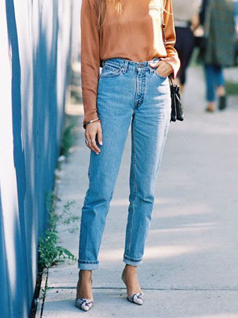 Simple straight nine-point denim trousers