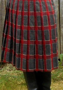Red Checkered/plaid Vintage Cotton-Blend Skirts