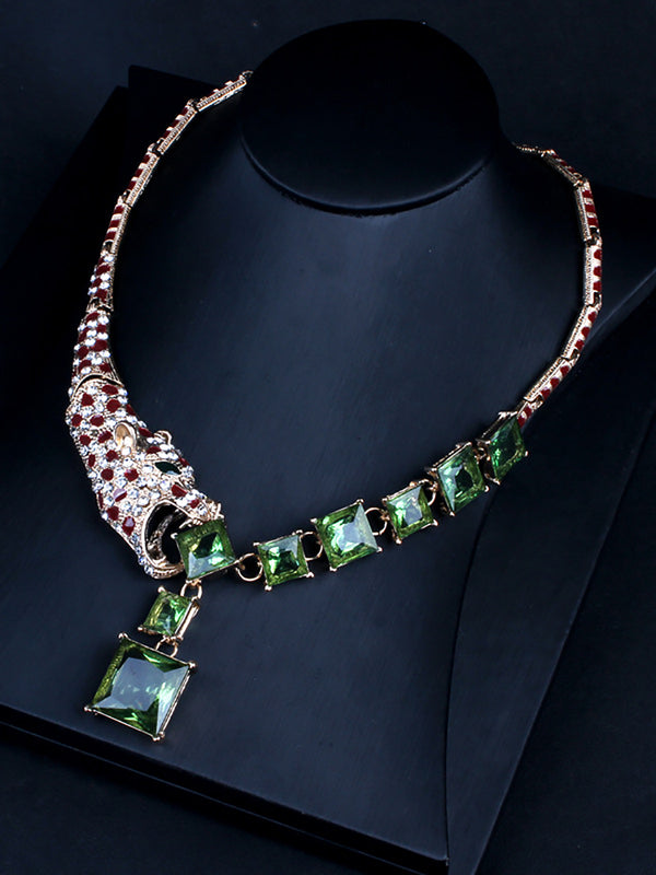 Leopard Crystal Pendant Necklace Short Style