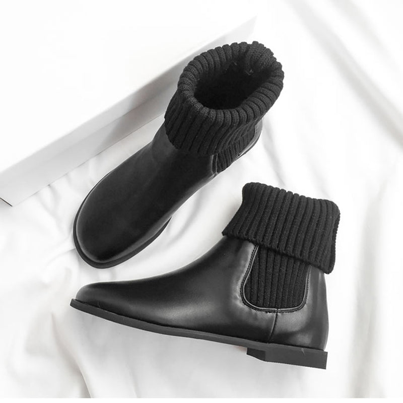 Black Flat Heel Daily Boots