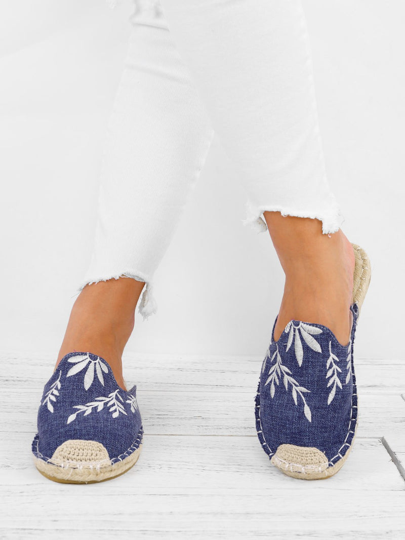 Holiday Low Heel Canvas Shoes