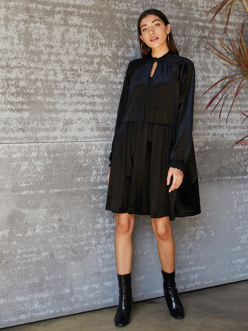Black Solid Long Sleeve Shift V Neck Dresses