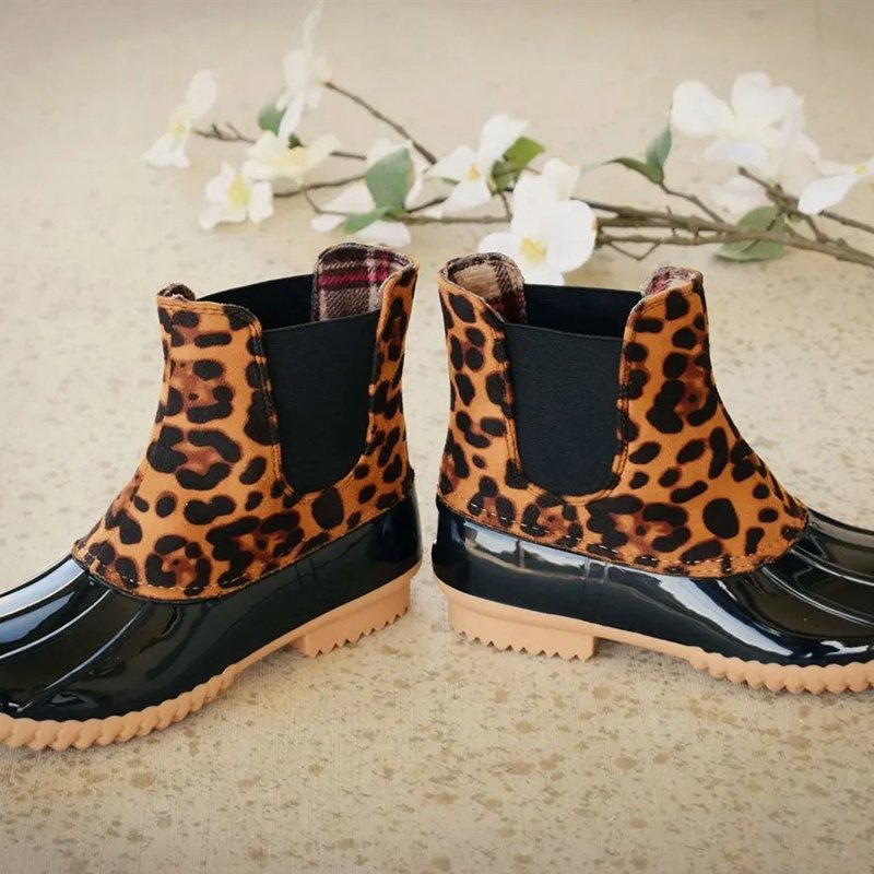 Women Two-Tone Duck Boots