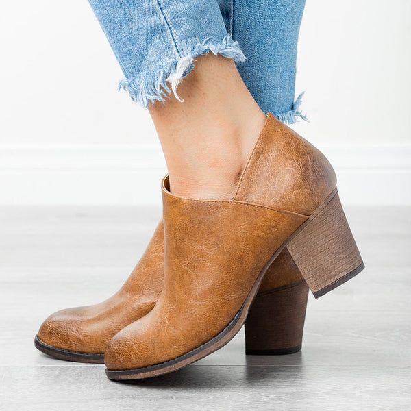 Closed Toe Chunky Heel Med (3-8Cm) Boots