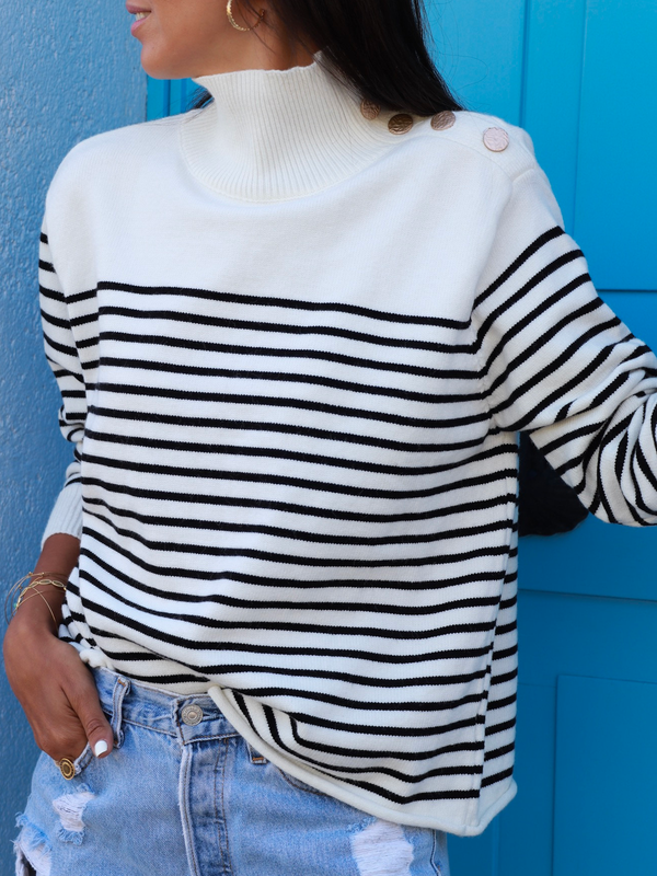 White Turtleneck Casual Plus Size Sweater