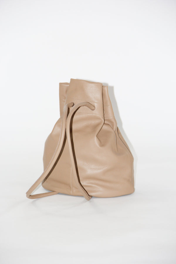 Bell bag in dust