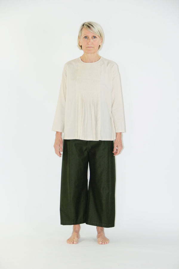 pleated pullover