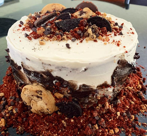 The Glass Oven Messy Cake with Oreo & Cookie Crumbles
