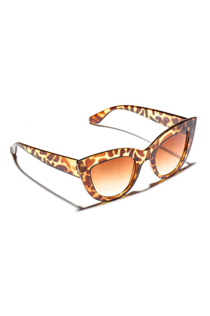 <p>Cat Eye  Sunglasses (+Colors)</p>
