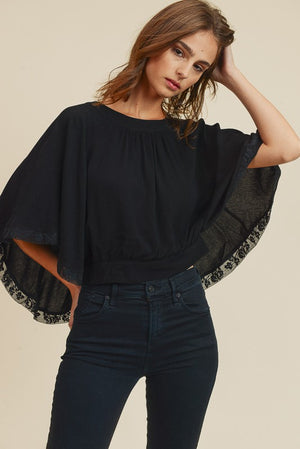 <p>Flutter Swing Blouse </p>