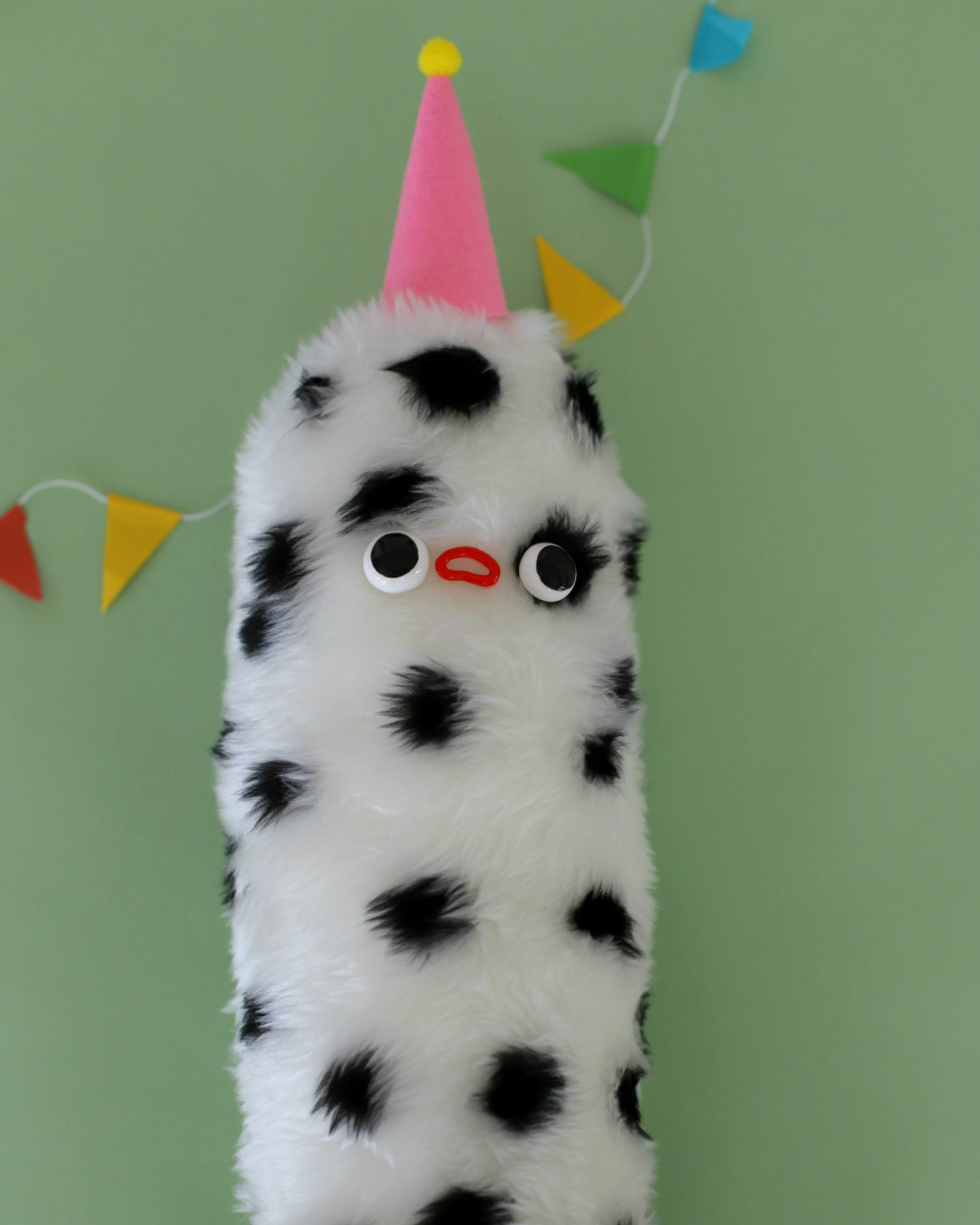 SLIM PICKLE - DOTTED WITH CONE HAT