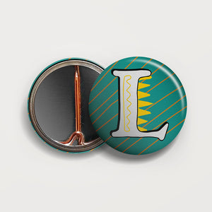 Letter L button badge