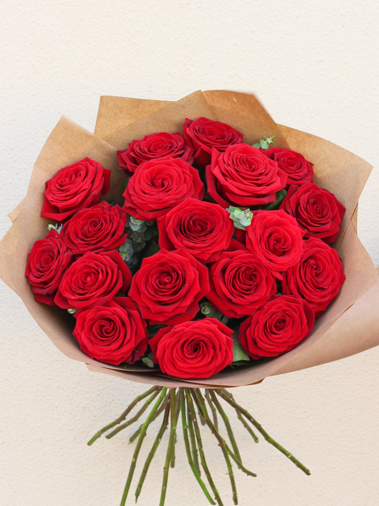 18 Red Rose Hand-tied