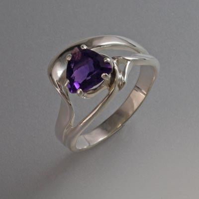 Sterling Silver Ring with Amethyst