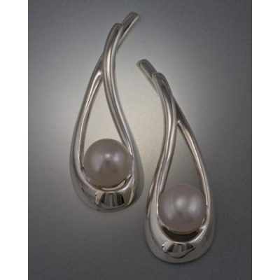 Sterling Silver Earring with 6mm Pearl (shown here with white pearl, see options to choose pearl color)