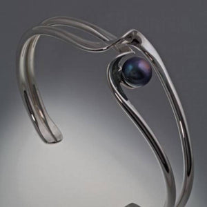 Sterling Silver Bracelet with 8mm Pearl (shown here with black pearl, see options to choose pearl color)