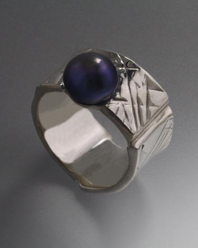 Sterling Silver Ring with 9mm Pearl (Shown in Black, see options to choose pearl color)
