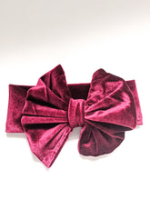 Load image into Gallery viewer, Very Velvet Bow