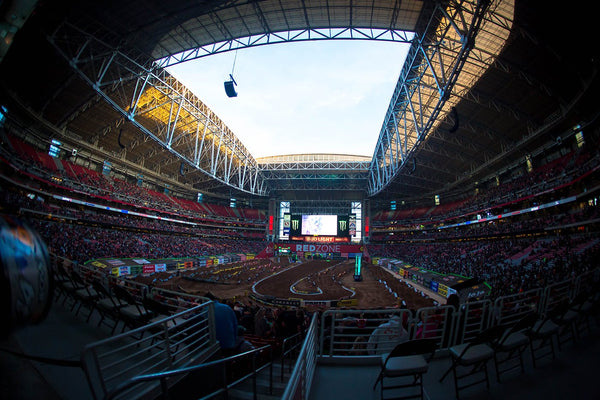 Round 4 Phoenix Supercross | Photo Report
