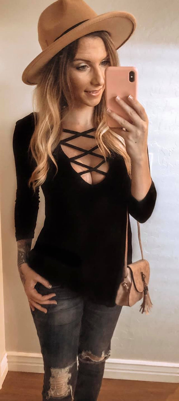 CRISS CROSS LONG SLEEVE - Chica Boutique NY