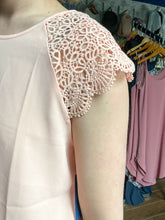Load image into Gallery viewer, Scalloped Sleeve Salmon Top