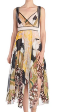Load image into Gallery viewer, V-Neck Printed Chiffon Dress