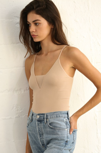 Seamless V Tank with Detailed Coverage - Latte