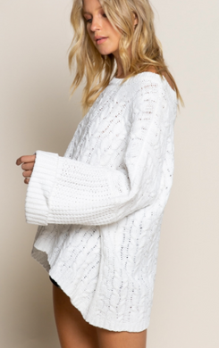 Oversized Cable Knit Pullover Sweater- White