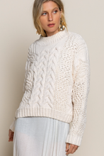 Load image into Gallery viewer, Traditional Knit Sweater - Ivory