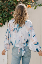 Load image into Gallery viewer, Pastel Abstract Kimono