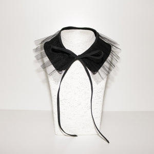 Collar Necklace - Black Ruffle