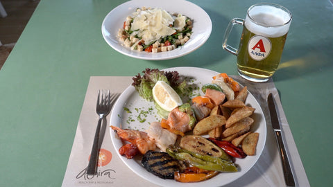 Daily Lunch Package for Loucerna Hotel Visitors