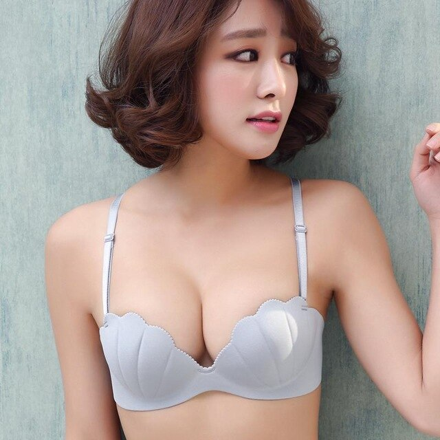 Fashion seamless bra shell 1/2 cup Backless Strapless Women Wedding Bra Invisible t shirt Bra deep V low-cut halter bride bra