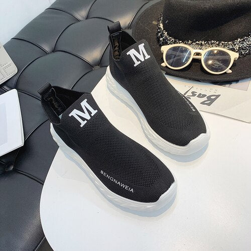 2019 New Female Vulcanized Shoes Casual Women Sneakers Slip on Ladies Flat Shoe Mesh Trainers Walking Footwear Zapatos Mujer