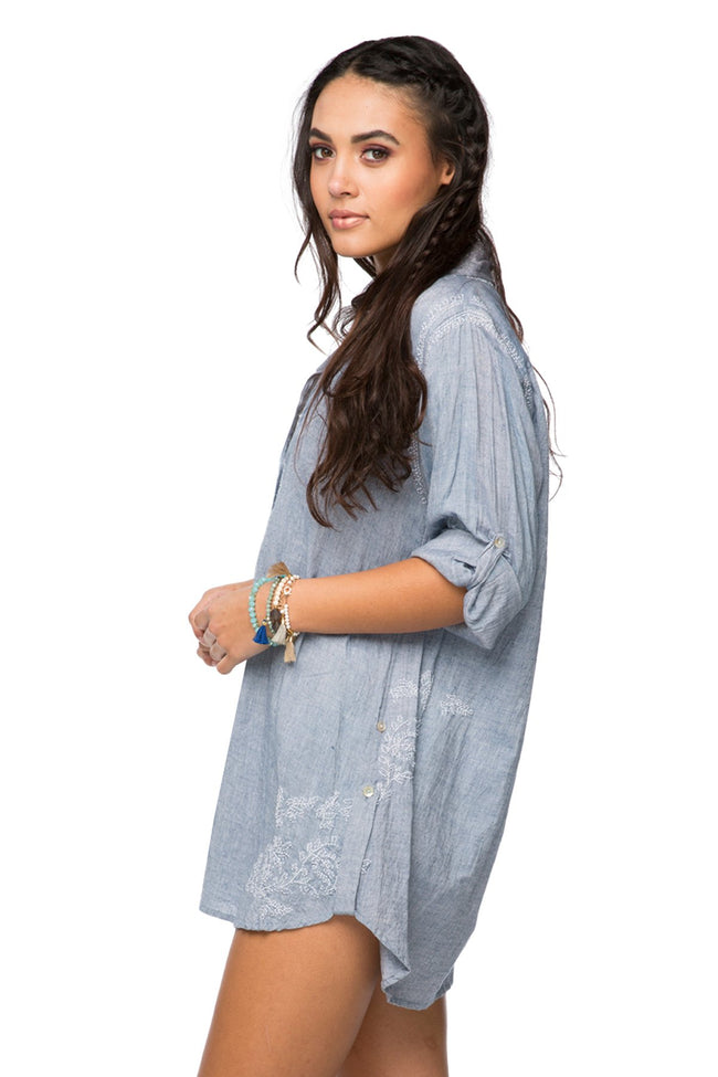 Boyfriend shirt in Chambray - Denim - Subtle Luxury