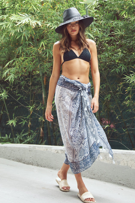 Multi Wear Sarong in Birds of Paradise