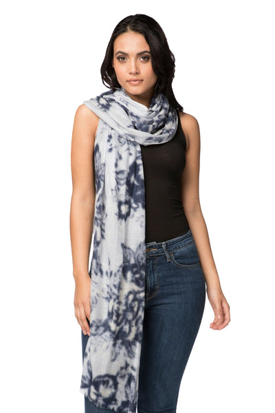 100% Cashmere Luxury Scarf, Winter Romance - Subtle Luxury