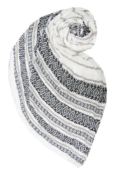 Charming Jacquard Scarf in White