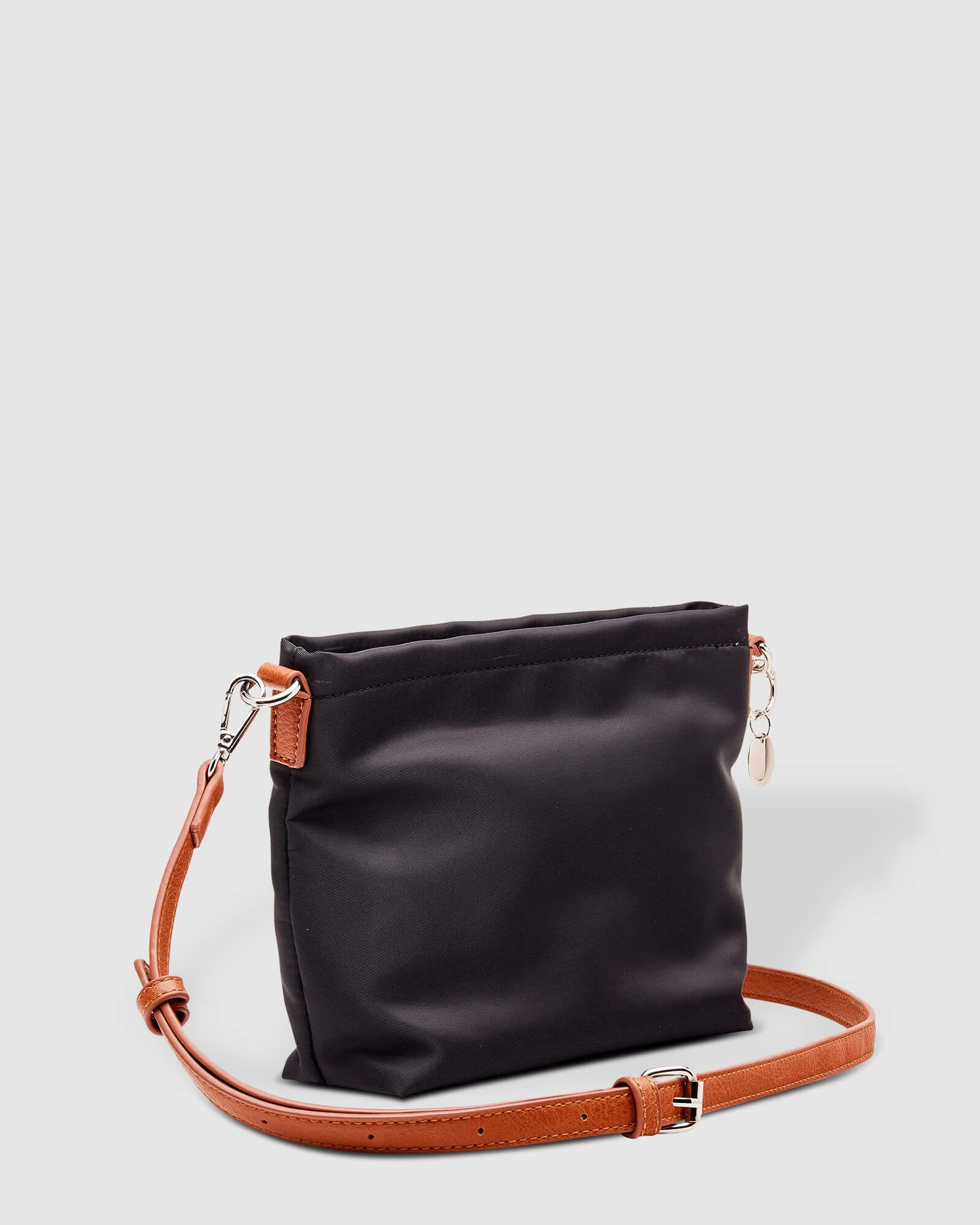 Black Betty Bag Louenhide