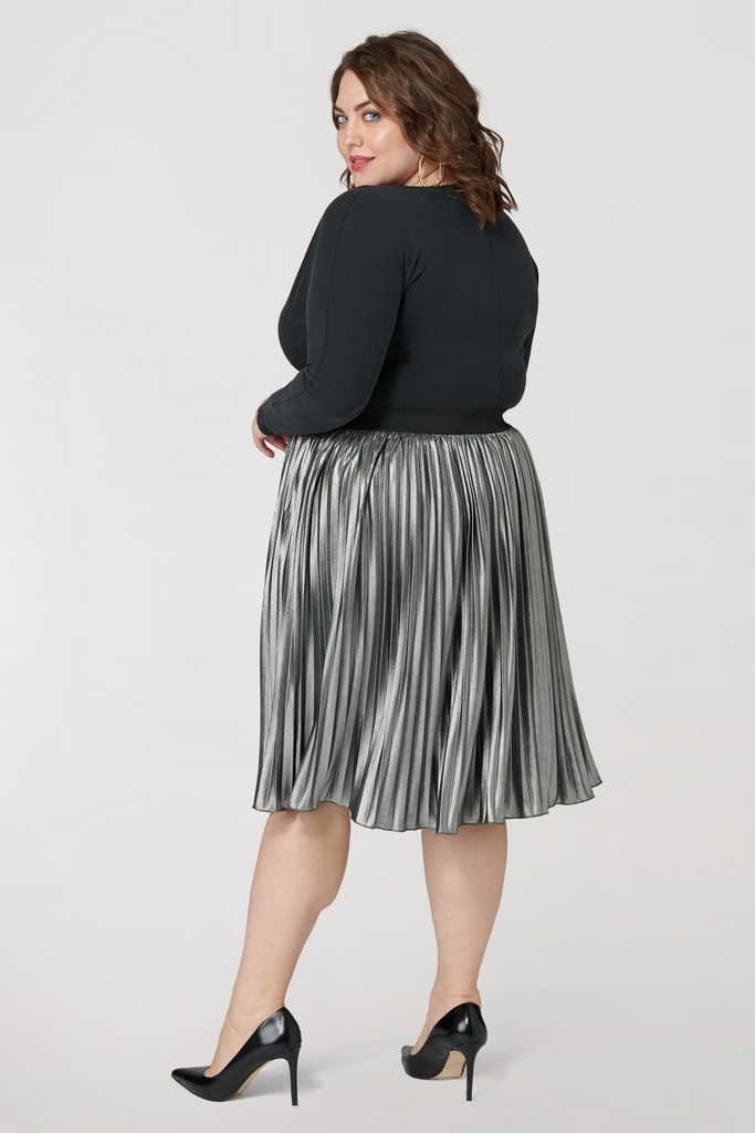 The Silver Metallic Pleated Skirt