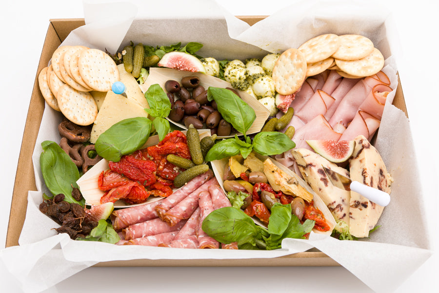 Cheese & antipasto platter (2 sizes)