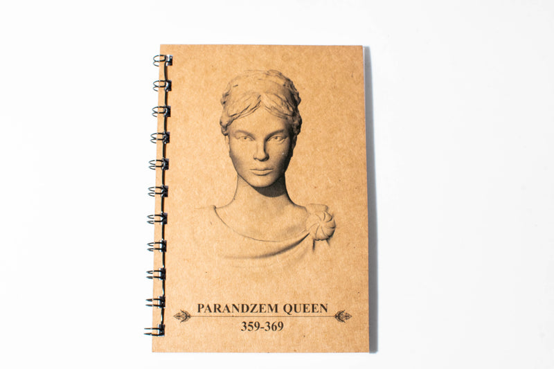 Royal Notebook Parandzem Queen