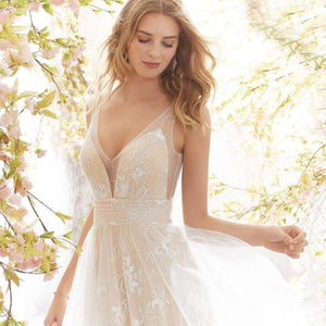 Elegant Sleeveless Backless White Lace Wedding Dress With See-through Straps