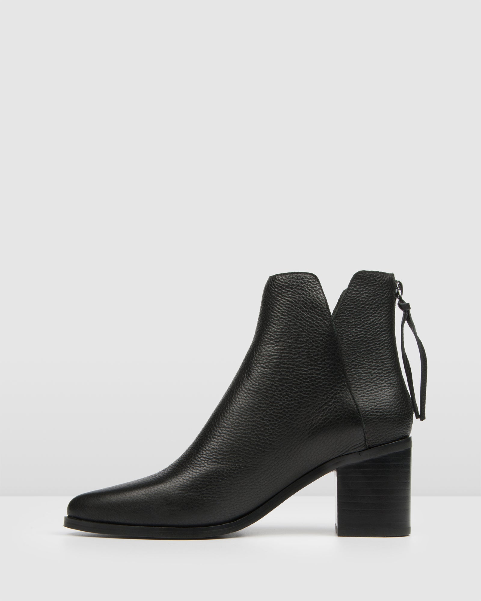 ARENA MID ANKLE BOOTS BLACK LEATHER