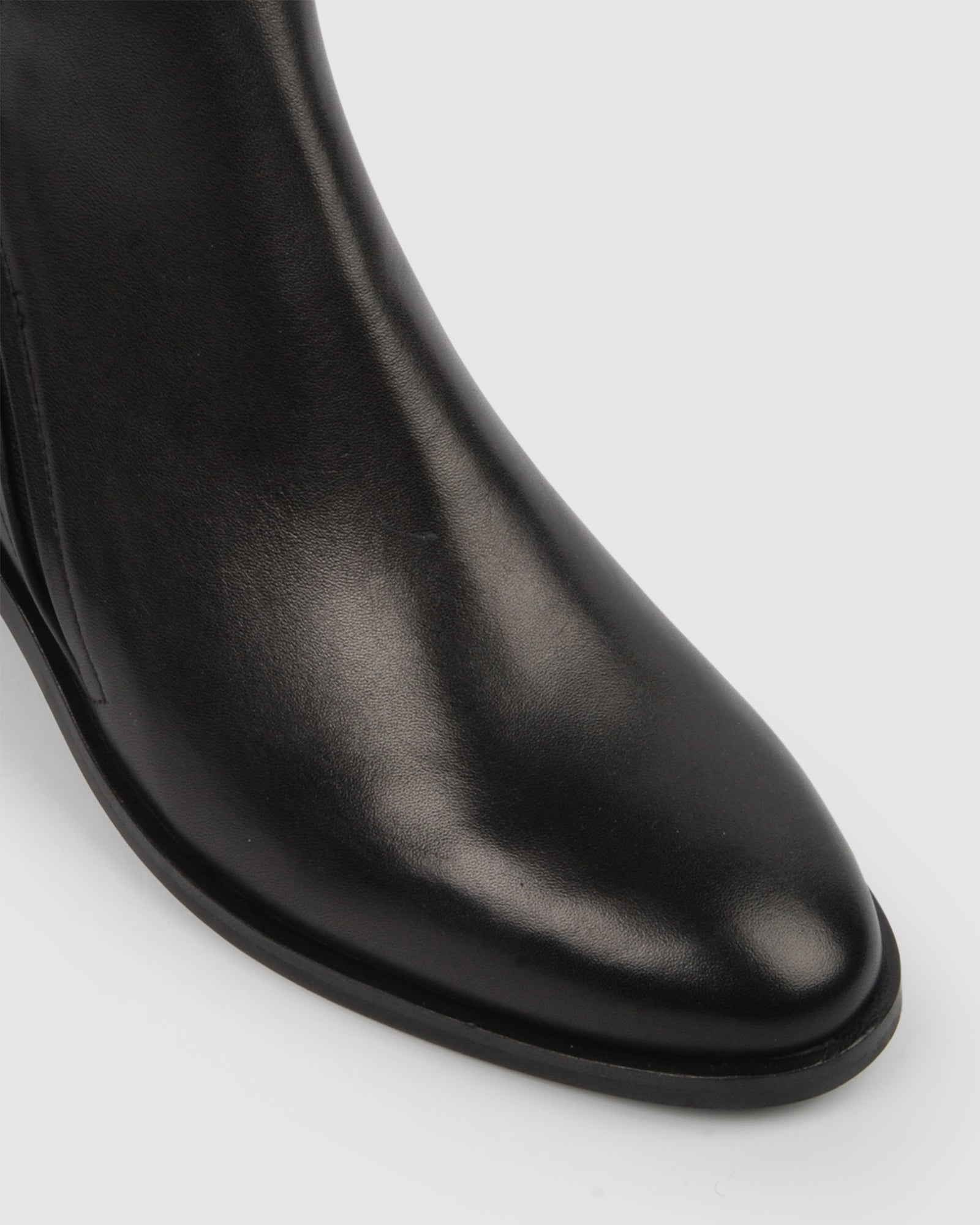 ASPEN FLAT ANKLE BOOTS BLACK LEATHER
