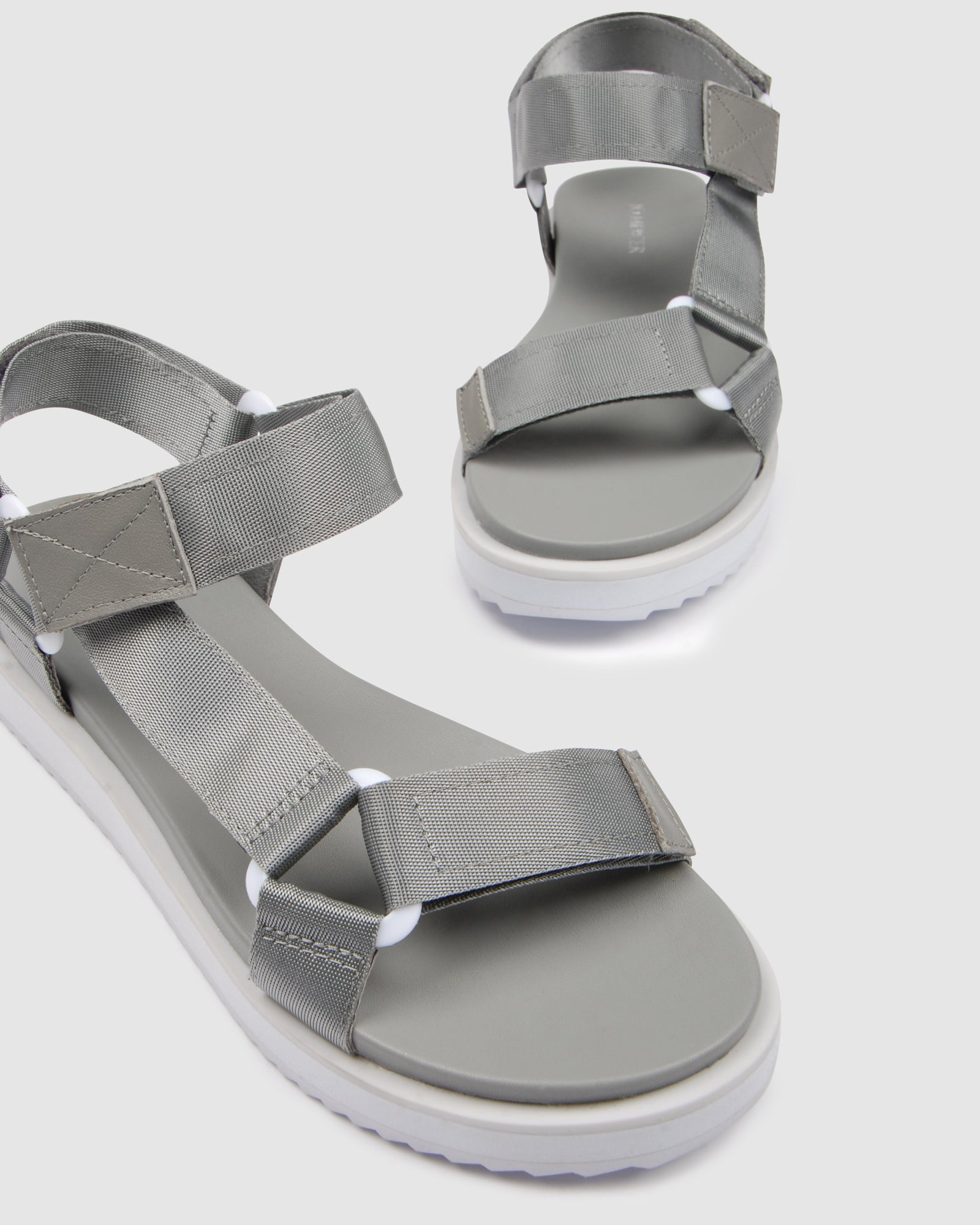 BECCA FLAT SANDALS GREY