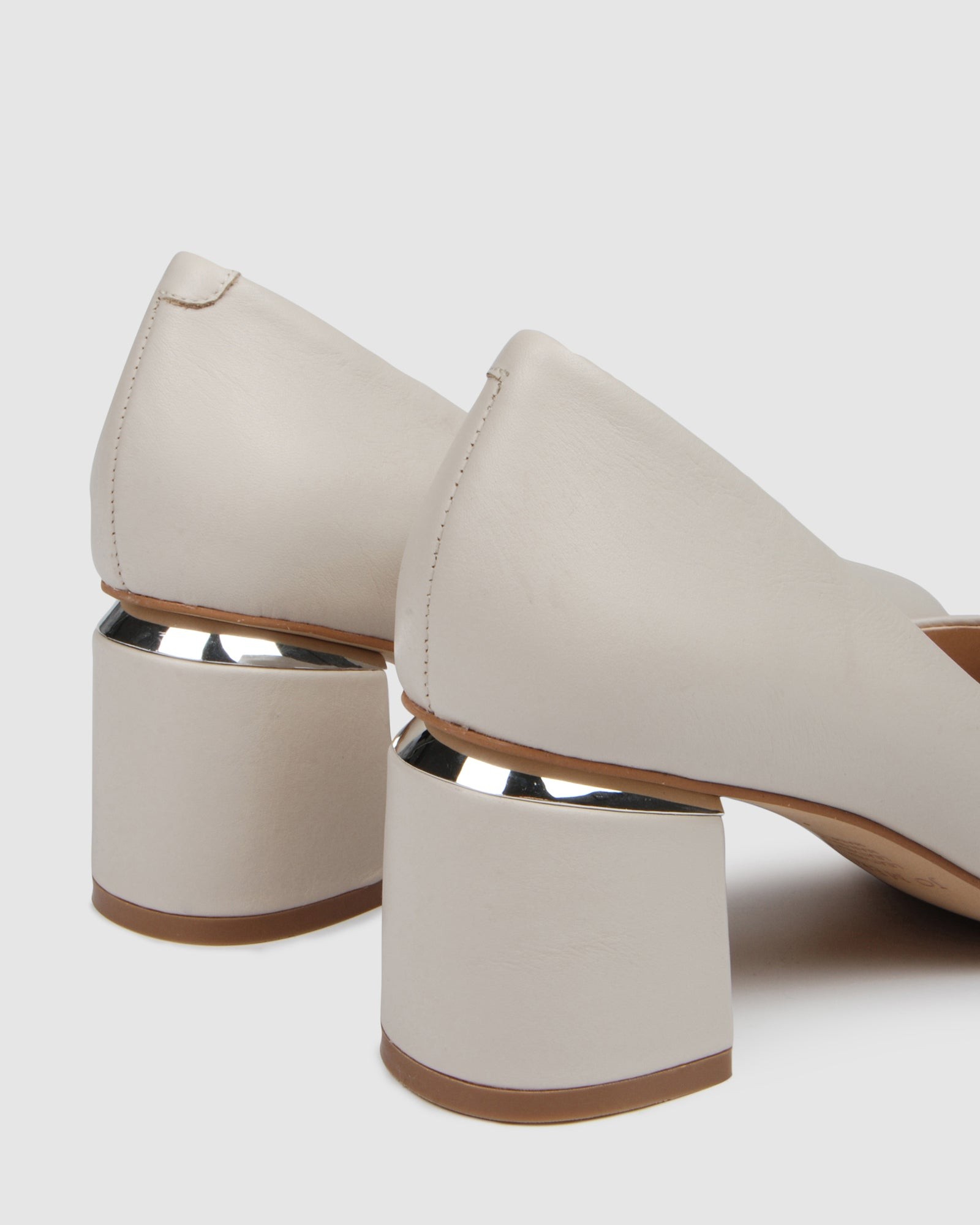 DANIKA MID HEELS BONE LEATHER