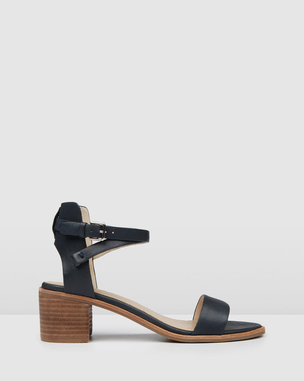 ELANE LOW HEEL SANDALS NAVY LEATHER